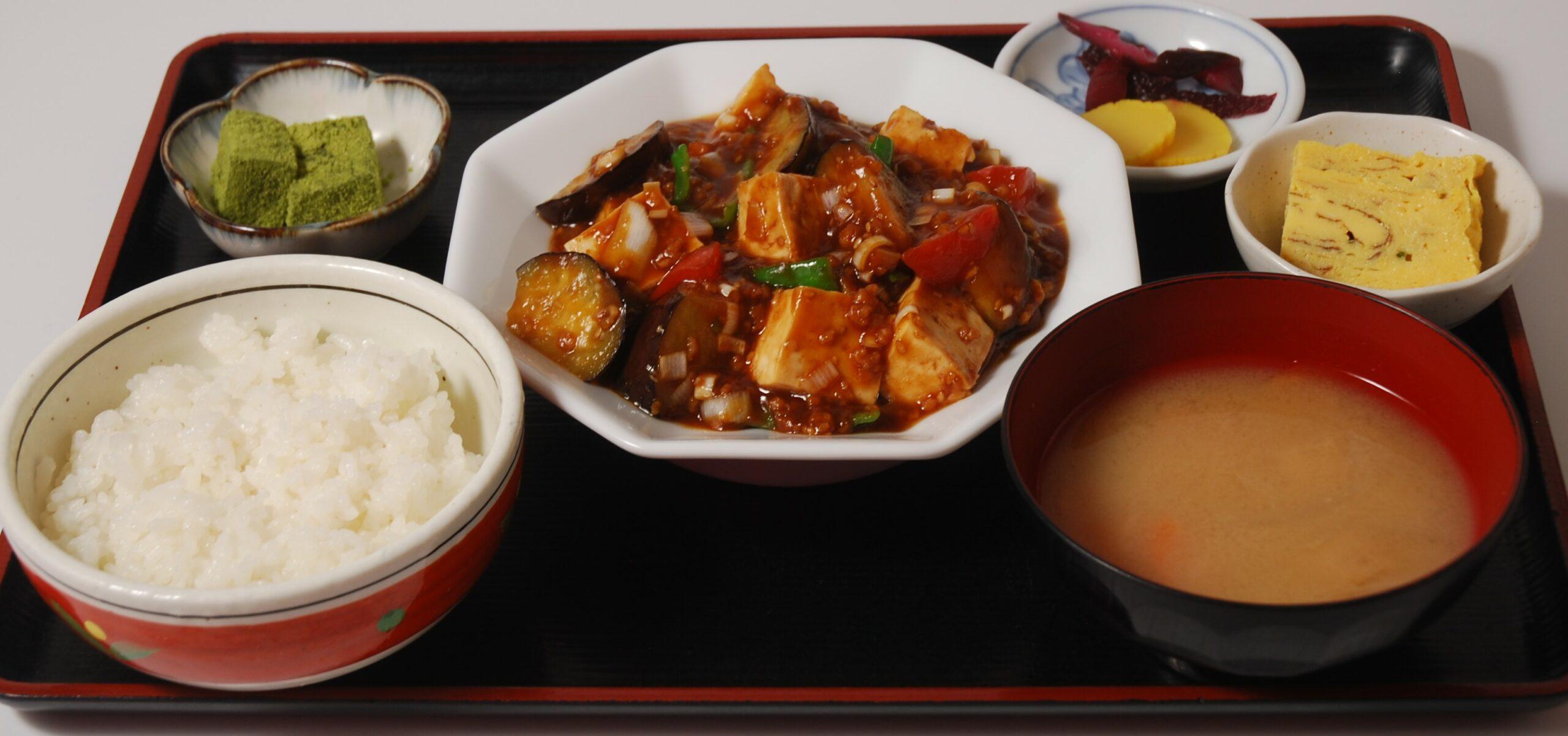 1000円定食<br>※入荷する食材で変わります。の写真