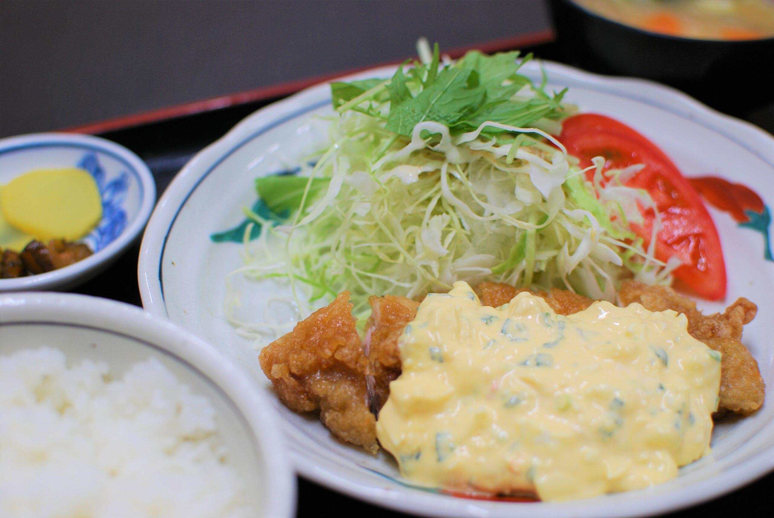 鶏南蛮定食の写真